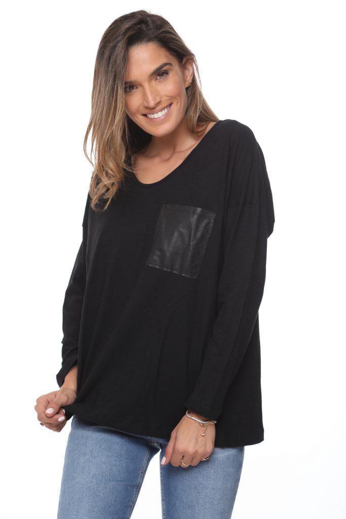 חולצה כיס שחורה 2